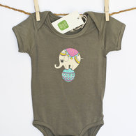 Brown_onesie_front_listing