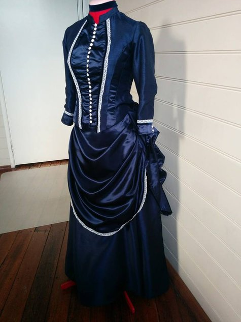 Victorian-dress1_large