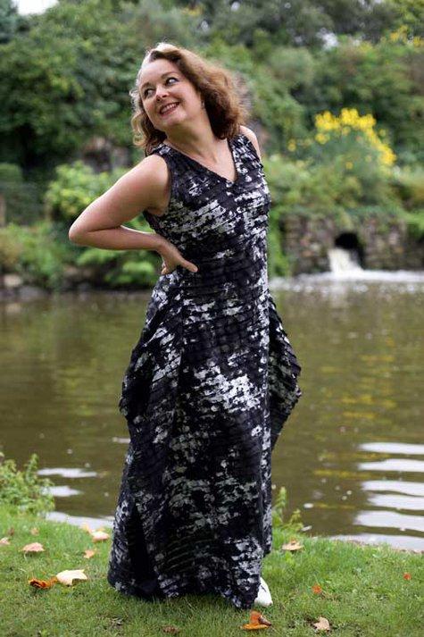Burda_maxi_dress_riverside_large