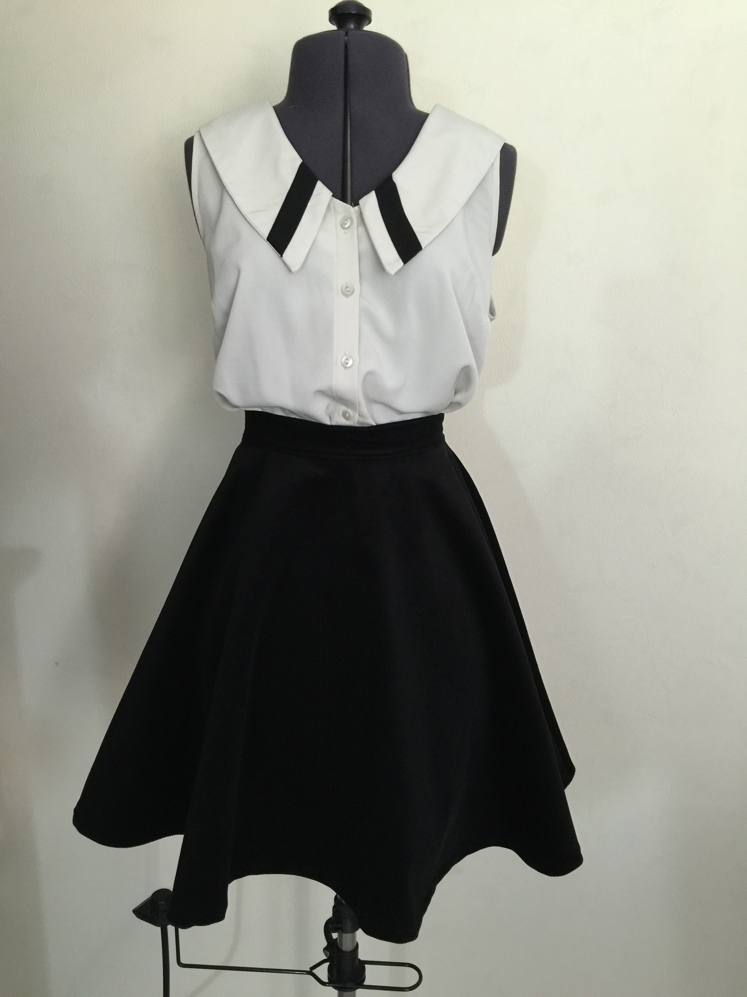 Easy Skater Skirt Sewing Pattern: Dare to diy in english project ...
