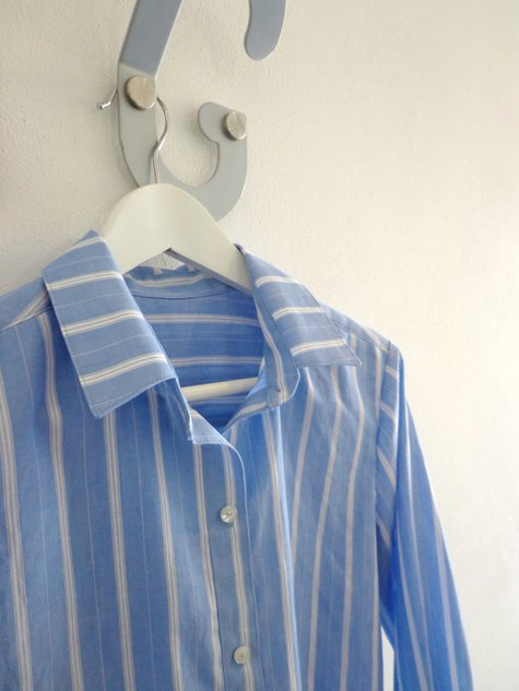 Archer_button_up_shirt_neck_detail_large