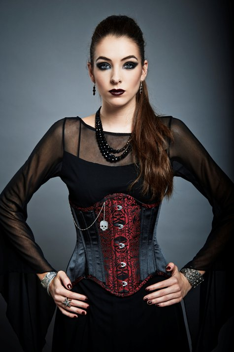 Victorian_woman_2014_marion02220_large