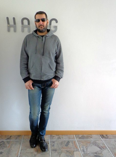 Burda_man_hoodie_6718_large