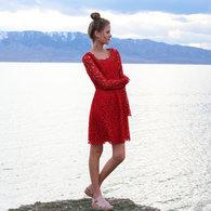 Valentino_diy_red_lace_dressside_zpstla99kae_listing