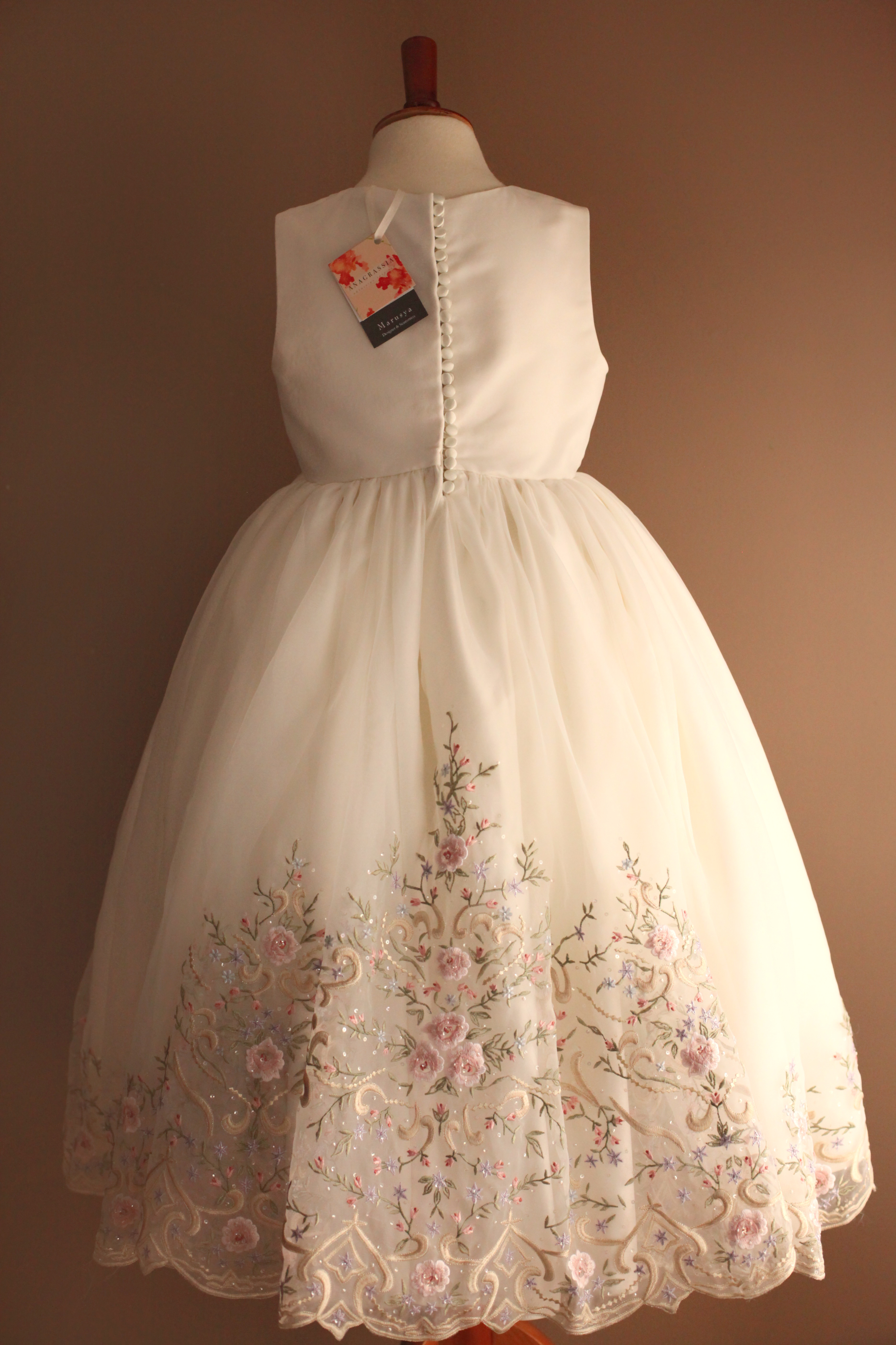 Chloe S First Holy Communion Dress From Mother S Wedding