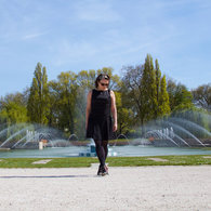 Sabrina_front_fountain_listing