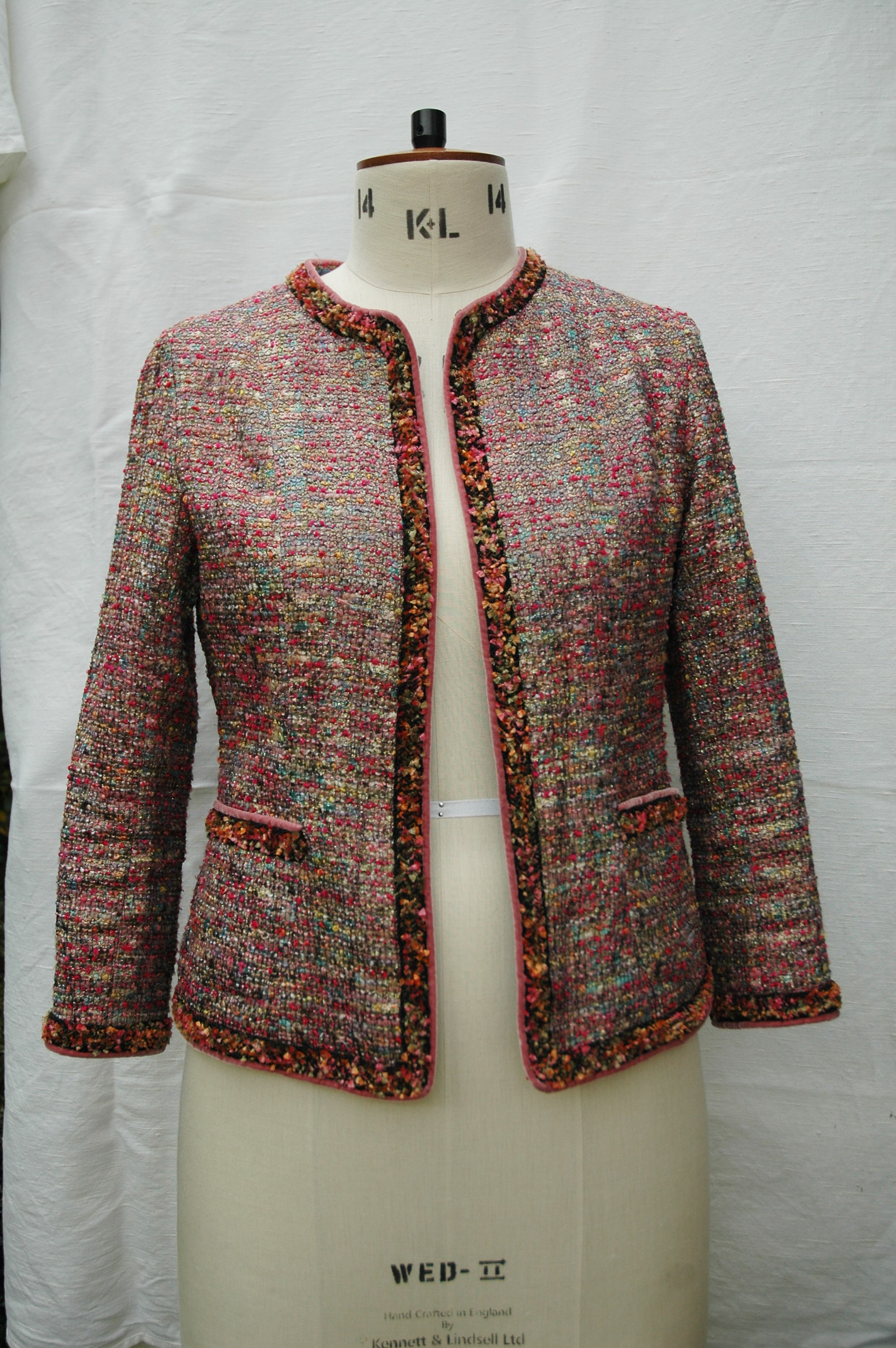 Chanel Style Boucle Jacket U2013 Sewing Projects | BurdaStyle.com