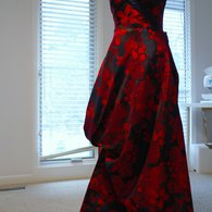 Redandnavygown_listing