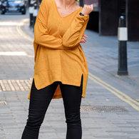 Oversize_v-neck_sweater_burda_style_12-2015_118a-1-3_listing
