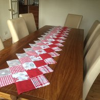 Xmas_table_runner_1_listing