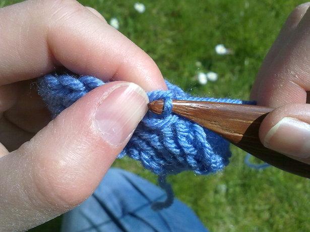 Knitting16_large