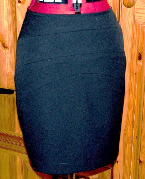 Black_skirt_333_large