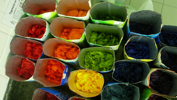 Fabric_dye_large